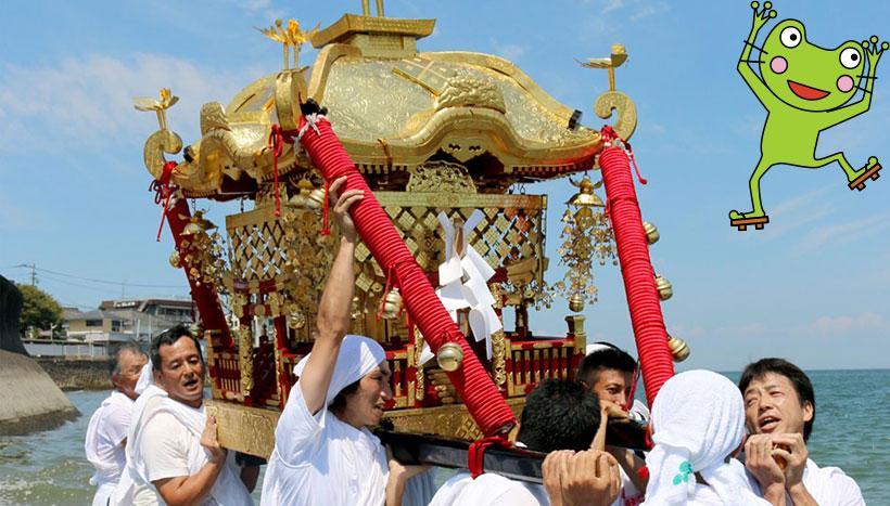 写真:「風除祭」長崎県島原半島北部の各神社(8月中旬~9月中旬)