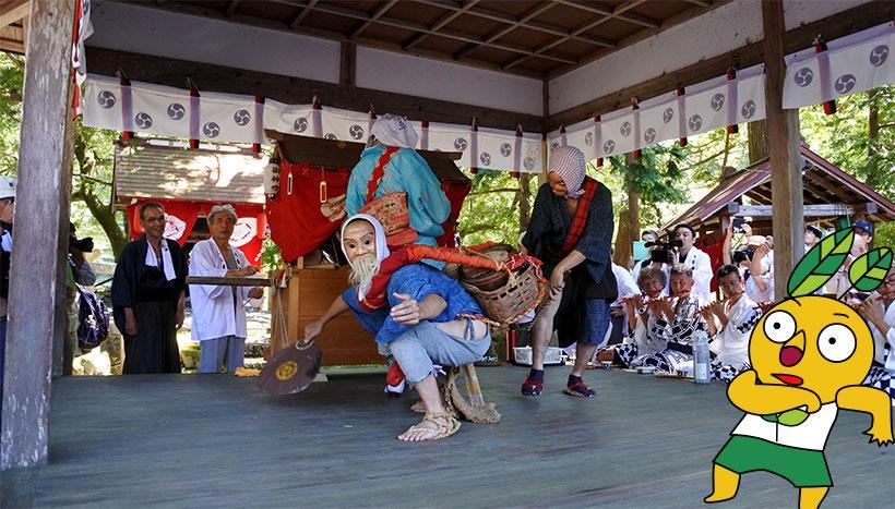 写真:「八坂神社例祭 田歌の神楽」京都府南丹市美山町・八坂神社(7月14日)