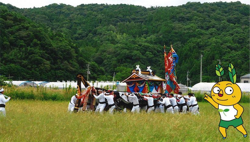 写真:「興津八幡宮大祭」高知県高岡郡四万十町・八幡宮(10月15日)-